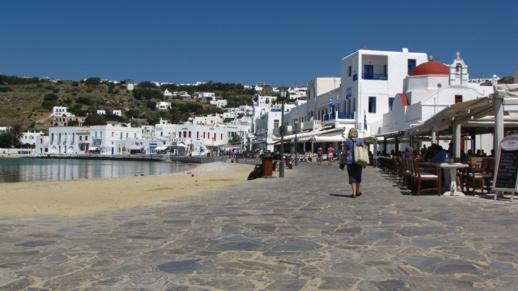 The main harbourside walkway in Mykonos Town
