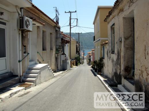 a street in Vathi