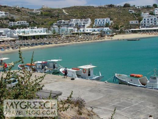 Shuttle boat pier at Platis Gialos beach