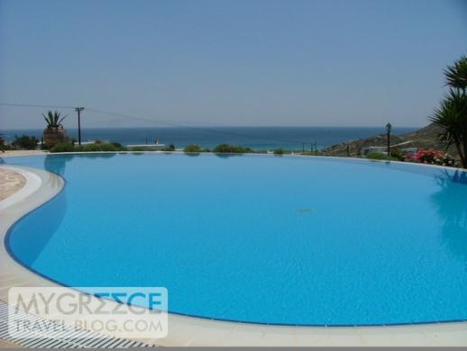 Hotel Kavos Naxos swimming pool