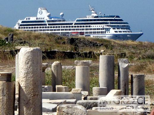 Cruise ship at Delos Island