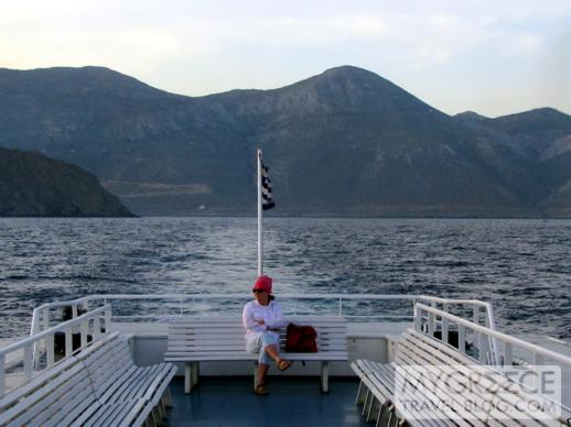 Express Skopelitis departs from Amorgos