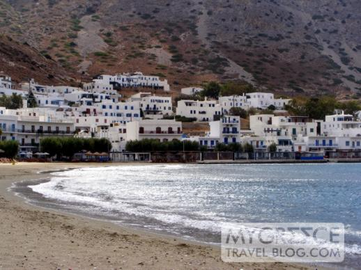 The beach at Kamares on Sifnos