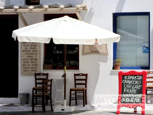 Mandarini cafe + dessert shop in Mykonos Town