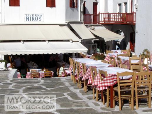 Niko's Taverna in Mykonos Town