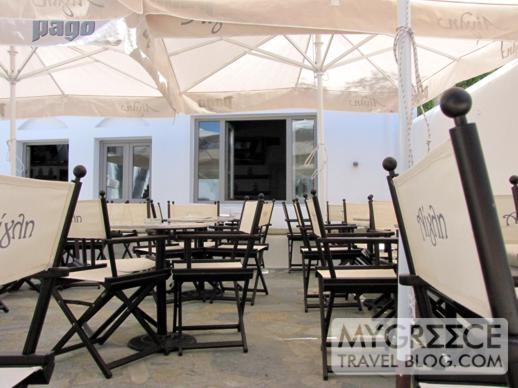 a cafe in Mykonos Town