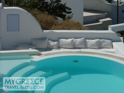 private swimming pool in Firostefani on Santorini