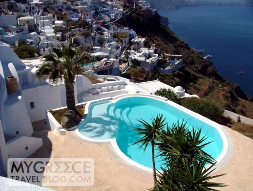 swimming pool in Firostefani on Santorini