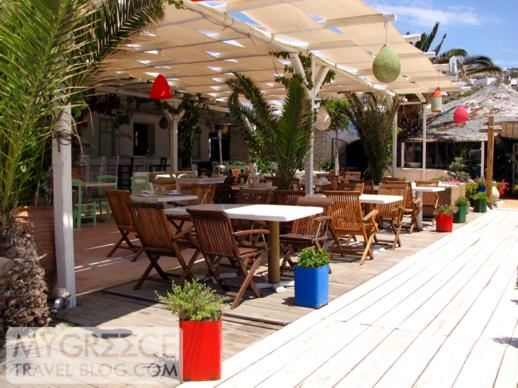 Ithaki restaurant at Ornos beach on Mykonos