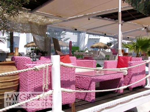A bar at Platis Gialos beach