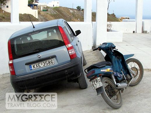 a car and scooter in Astipalea