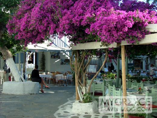 Goumenio Square in Mykonos Town
