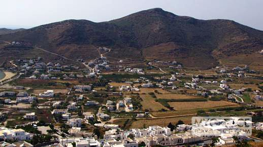 The mountains and valley behind Yialos on Ios