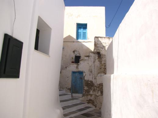 a narrow lane in Chora on Ios
