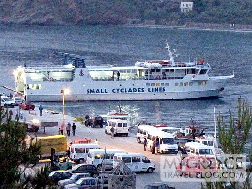 Express Skopelitis arrives at Egali port on Amorgos