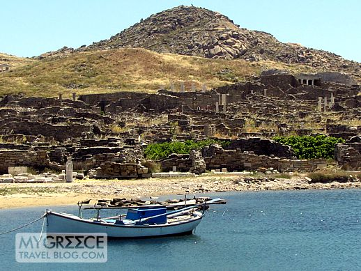 Visiting Delos island, the sacred cradle of the Greek gods ...