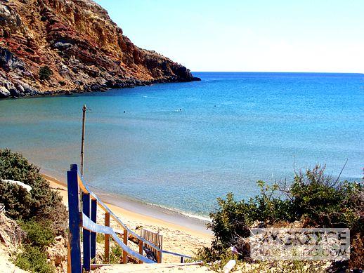 Provatas beach Milos