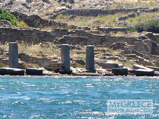 ancient commercial port on Delos