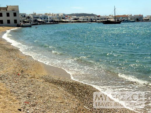 Agia Anna beach in Mykonos Town