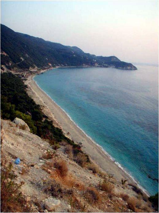 Pefkoulia beach on Lefkada