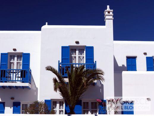 a hotel at Platis Gialos beach Mykonos