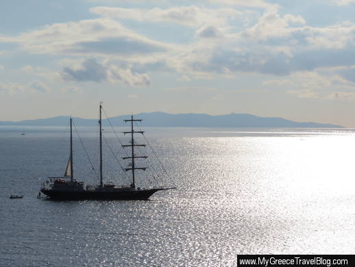 Running on Waves sailing ship
