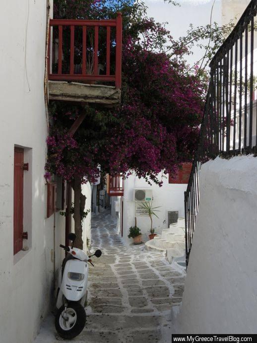 street in Mykonos Town
