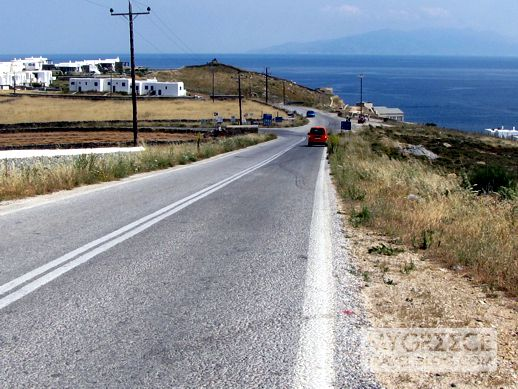 Kalafatis road on Mykonos