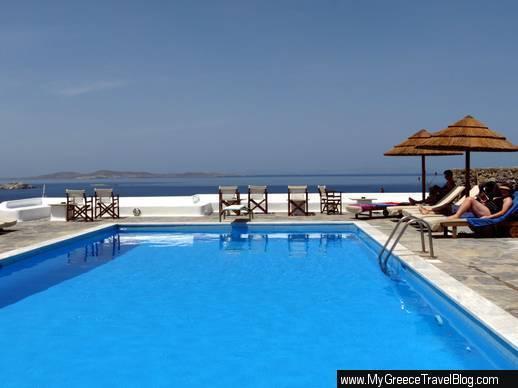 Hotel Tagoo swimming pool