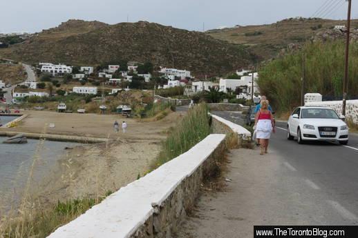 Tourlos port road