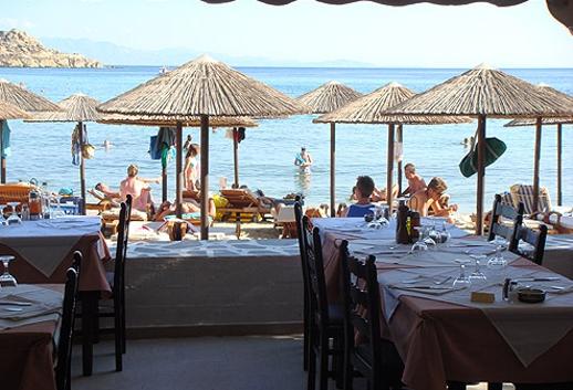 Atlantida restaurant Platis Gialos Mykonos