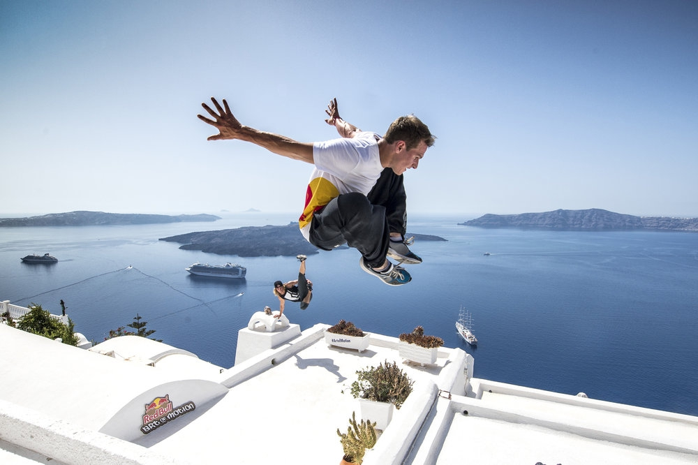 Freerunners compete in Santorini parkour event Sept 14 | MY GREECE ...