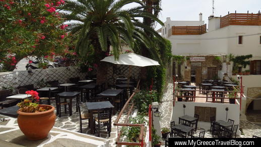 SaGaPwww restaurant in Naxos Town