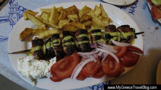 Fotis Taverna souvlaki dinner