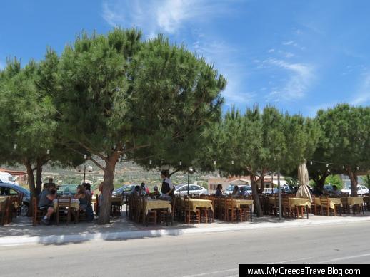 Taverna To Trigono in Kalyvia