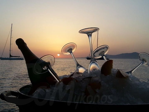 Caprice of Mykonos champagne photo