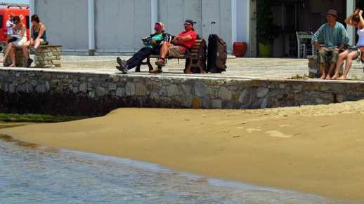 Naxos port beach