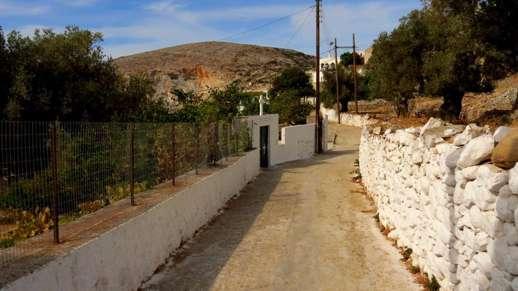 a footpath in Filoti