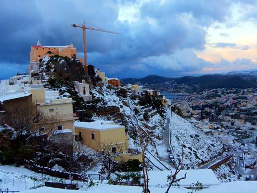 Snow at Ano Syros