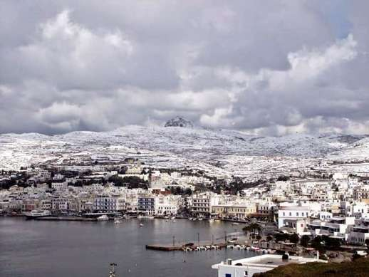 Snow at Tinos Town