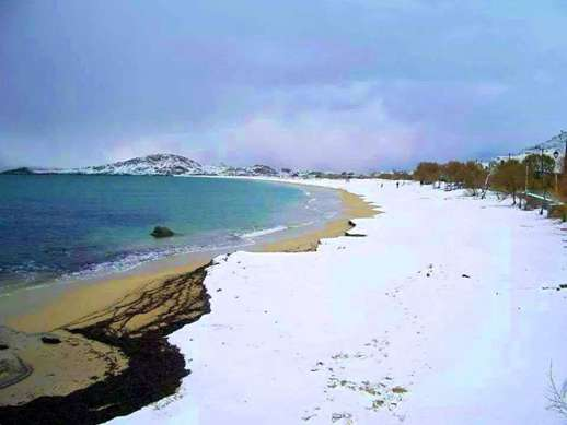 Snow on Agios Prokopios beach