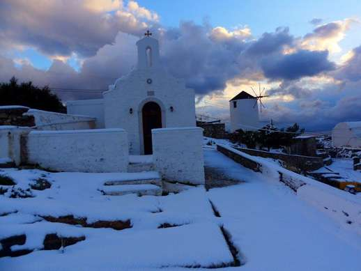 snow on Syros