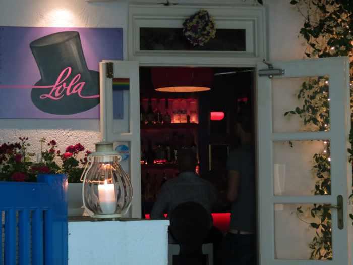 LOLA Bar Mykonos