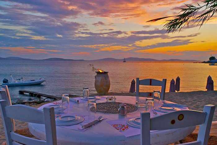 2015 mykonos restaurant list my greece travel blog part 2 for Fish hippie wine