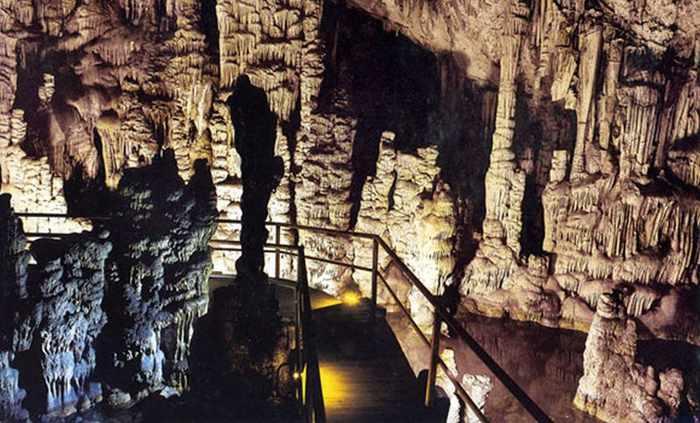 Ideon-Antron-Cave