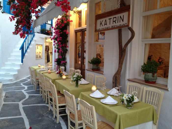 La Maison de Catherine restaurant Mykonos photo from listen2mama blog