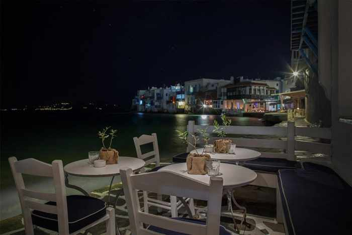 Breeze cocktail bar at Little Venice Mykonos photo shared on Twitter by George Sarafidis