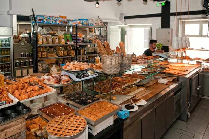 Il forno di Gerasimou Mykonos interior photo from the bakery's website