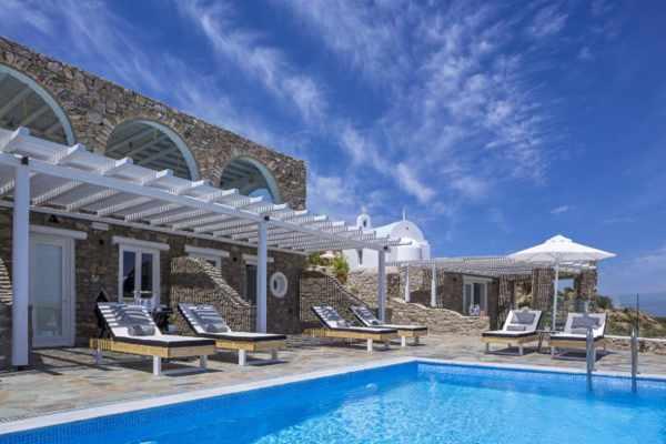 Mykonos No 5 Villas luxury apartments photo from the hotel website