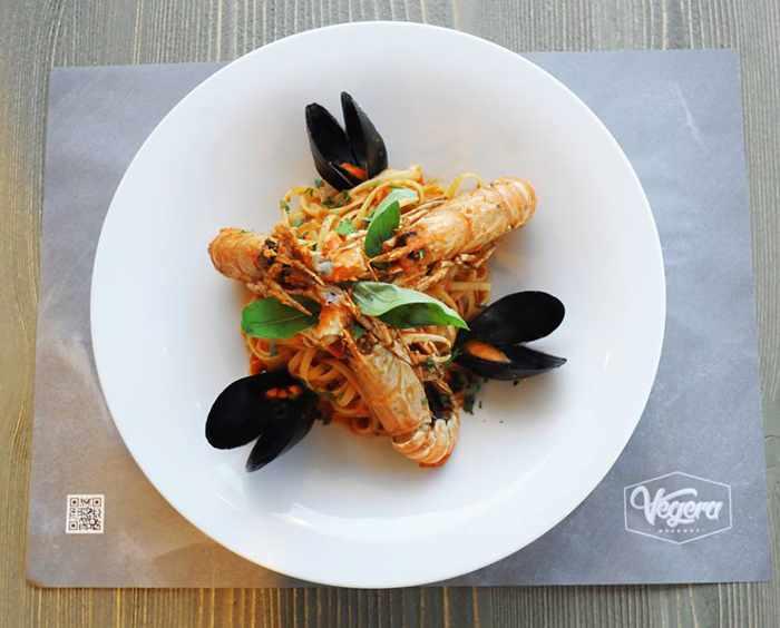 Seafood pasta dish at Vegera restaurant Mykonos